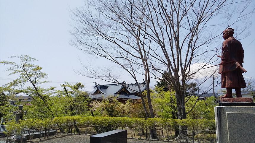 伊奈神社2